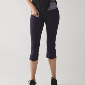 Lululemon Gather & Crow II Crop Full-On® Luon